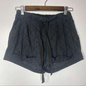 Lululemon  size 4 shorts